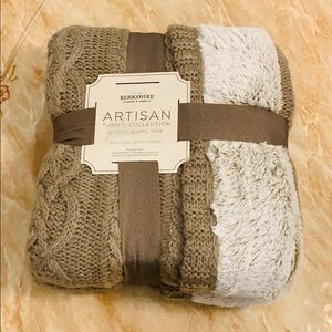 Berkshire Sweaterknit Reversible Faux Fur Throw